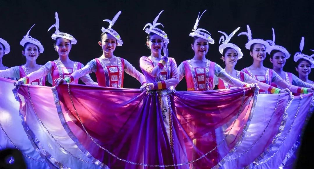 【舞蹈的艺术!多图回顾金秋艺术节舞蹈比赛决赛现场】