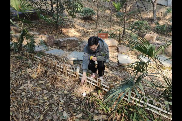 【资环学院】公园环卫 人人可为――记地信1801团支部活动
