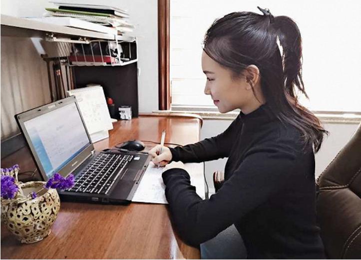 """武汉理工大学""""90后""""辅导员学习并热议习近平总书记回信"""