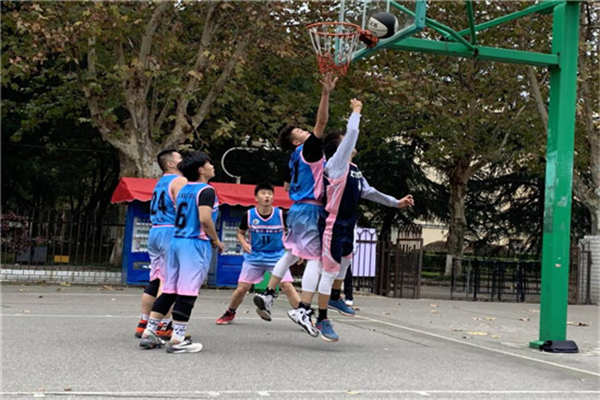 """能动学院20级""""新生杯""""篮球赛决赛顺利进行"""