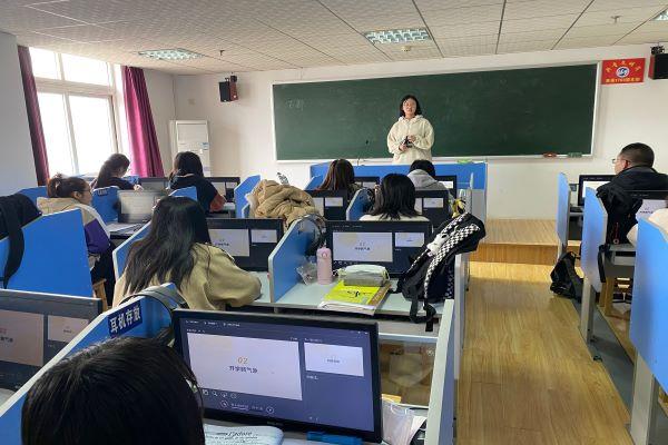 新学期新气象――英法sy2001班召开下学期第一次主题班会
