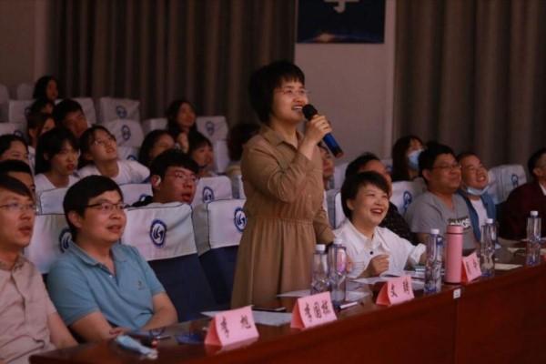 武汉理工大学:唱建党百年歌声嘹亮,奏理院盛夏二十华章